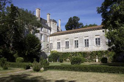 Abbaye de St Michel en l'Herm