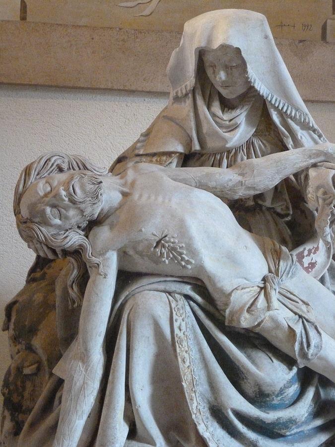 Pietà_de_l'abbaye_Saint-Arnould_(Metz)_05