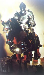 armure et cheval